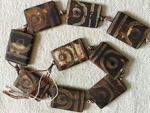 Rectangular Tibetan agate dzi-style 22x33mm eye bead strand of 9 beads