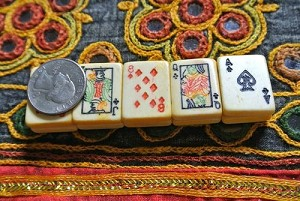 Bone Horizontal double-drilled large poker playing card tile beads