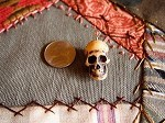 Resin skull bead pendant 22mm