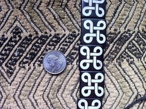 Bone Adinkra MPATAPO Knot of Reconciliation Batik Beads
