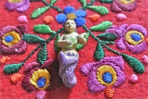 Ceramic:  Sirena (Mermaid) Bead