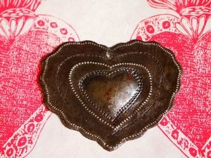 Haitian Milagro Heart Ornament Simple