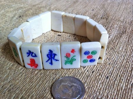 Medium double-drilled mah jong beads bracelet
