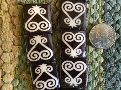 23x25mm Larger Bone Batik Adinkra Sankofa Heart Batik Beads Ivory on Ebony