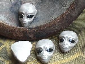 Glazed Porcelain Ceramic Large Alien Head Bead