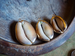 Large Snakehead Brown Real Gold Accented Cowrie Shell Pendant in Your Choice of Extra Large, Medium or Small
