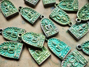 Oxidized Bronze Thai Buddha Amulet Pendant Rounded Arch-Green Patina