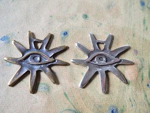 All Seeing Eye with Sun's Rays Casting Amulet 45mm Pendant in Choice of Antique Bronze or Antique Silver