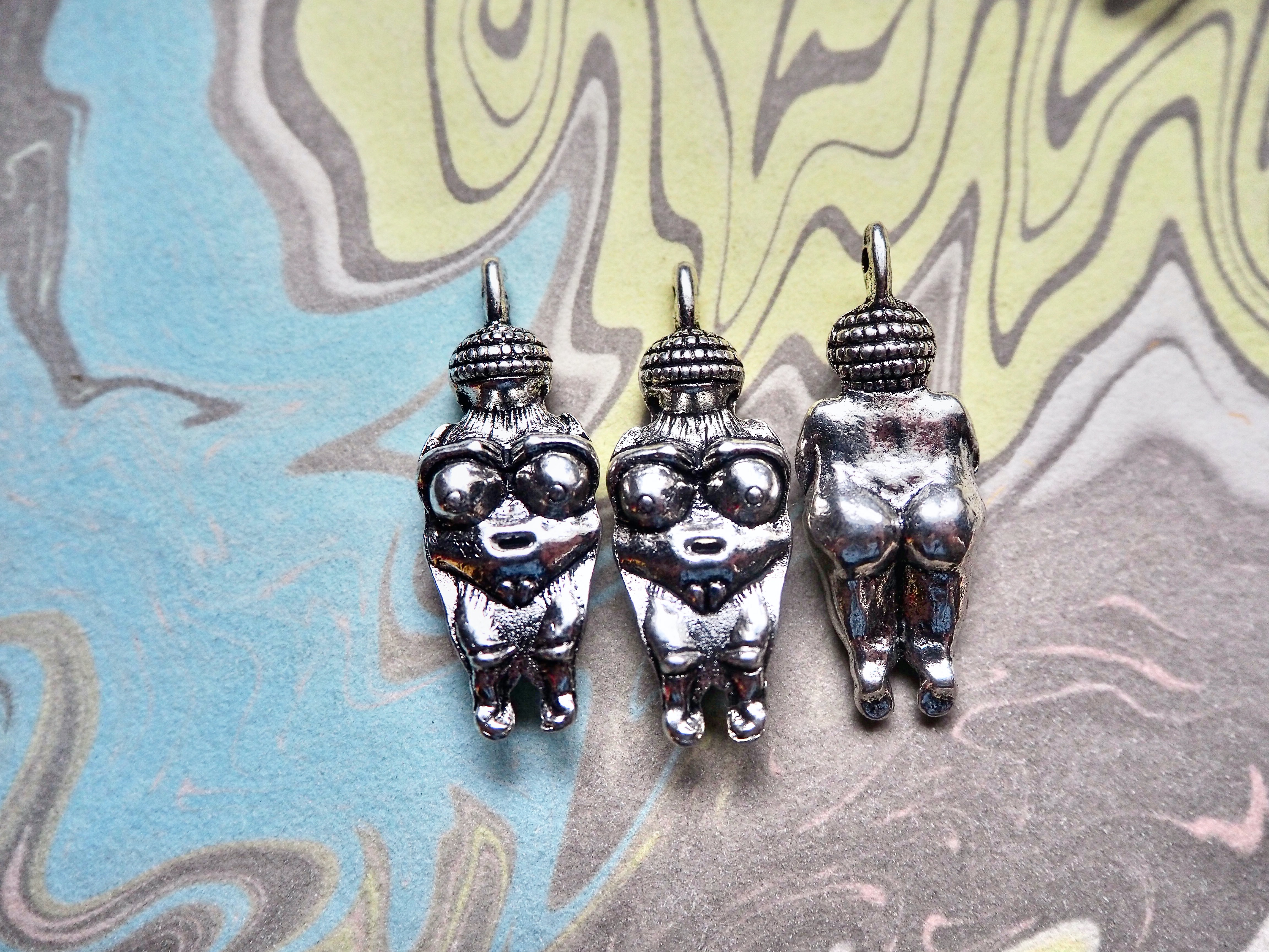 5 Antique SILVER Goddess of Willendorf Pendants