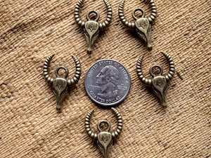 5 Antique Bronze Horn Bull Pendants or Charms