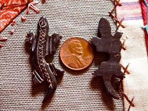 Handcarved Black Bone Lizard Gecko Bead