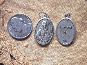 St Dymphna Medal Patron Saint of Mental Illness
