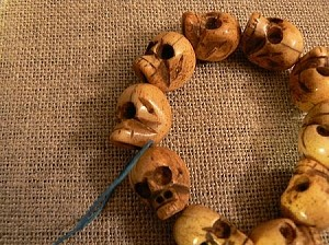 Handcarved Bone Skull Bead 12-13x16mm (10)